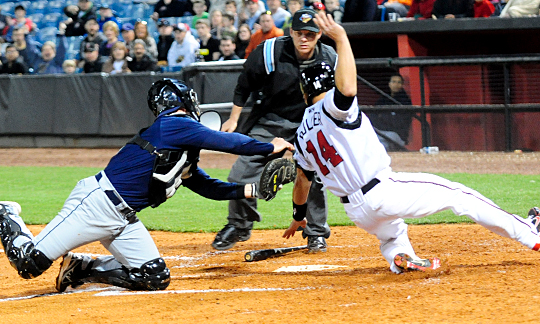 Dayton-Buller-slides-in---Nashville-Sounds-2013
