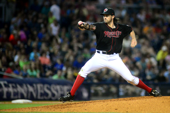 Barry-Zito-Nashville-Sounds-First-Tennessee-Park-2015